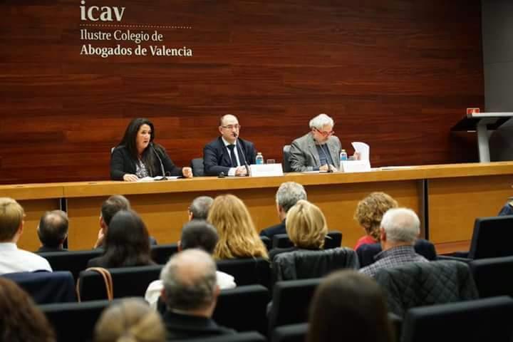 El mundo del derecho valenciano avanza en la lucha por la protección de los animales