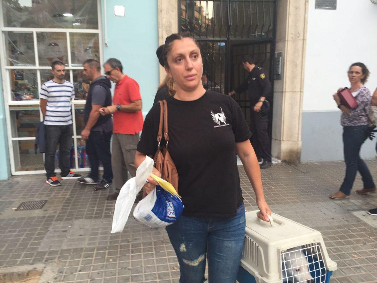 GALERÍA | Incautación de una cachorra en una vivienda de Valencia